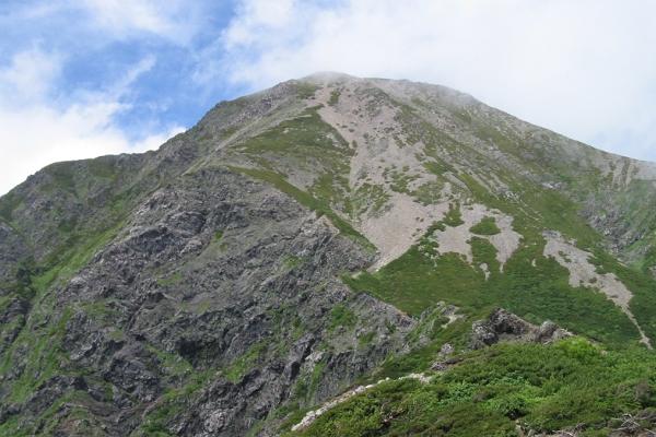 南アルプスの主峰「聖岳」