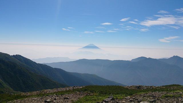 中岳から富士山.jpg