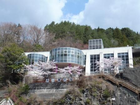 展覽館1.JPG