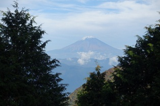峠からの富士も.jpg