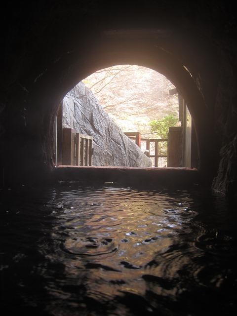梅岛源泉洞窟。jpg