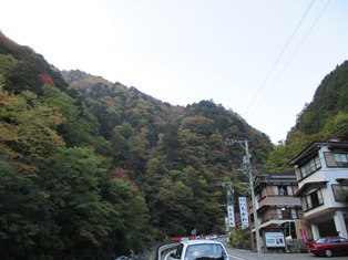 梅ケ島温泉街.JPG
