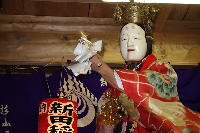 우메가시마 가구라(우즈 여자(우즈메)의 무용) .jpg