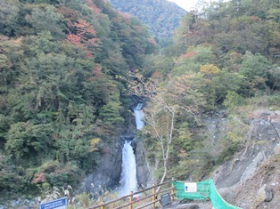 赤水の滝.JPG