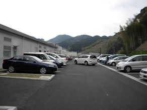從靜岡SA向下背後外面停車場2.JPG