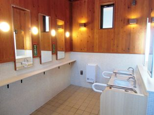 H25大河里面的洗手间完成4-1.jpg