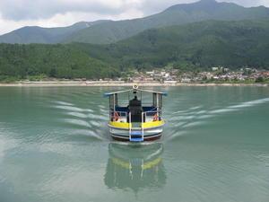 01-014-04井川湖摆渡船(自然的房子一侧).JPG