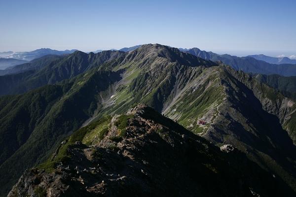 南アルプスの主な山「間ノ岳」